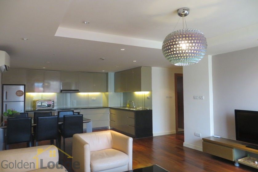 2 bedrooms 2 bathrooms apartment in Tay Ho for rent 4