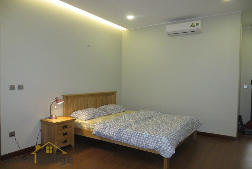 3 bedroom apartment for rent in Trang An Complex Cau Giay 10