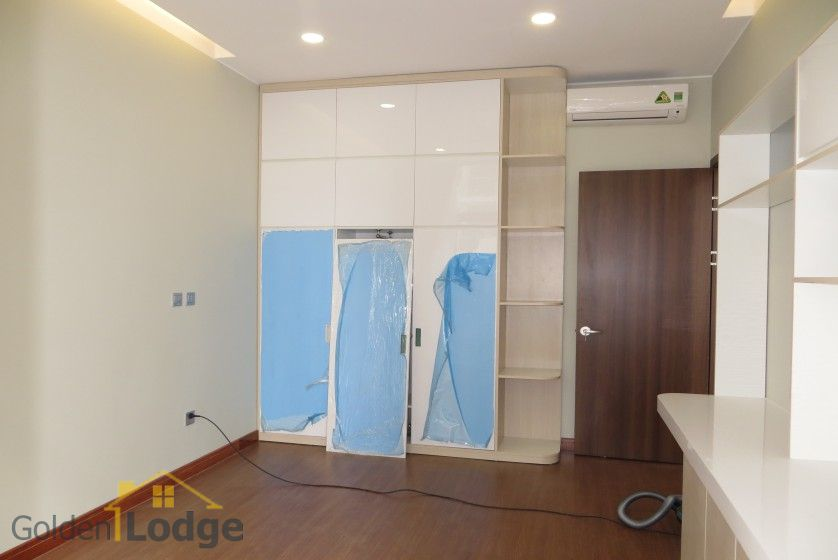 3 bedroom apartment for rent in Trang An Complex Cau Giay 16