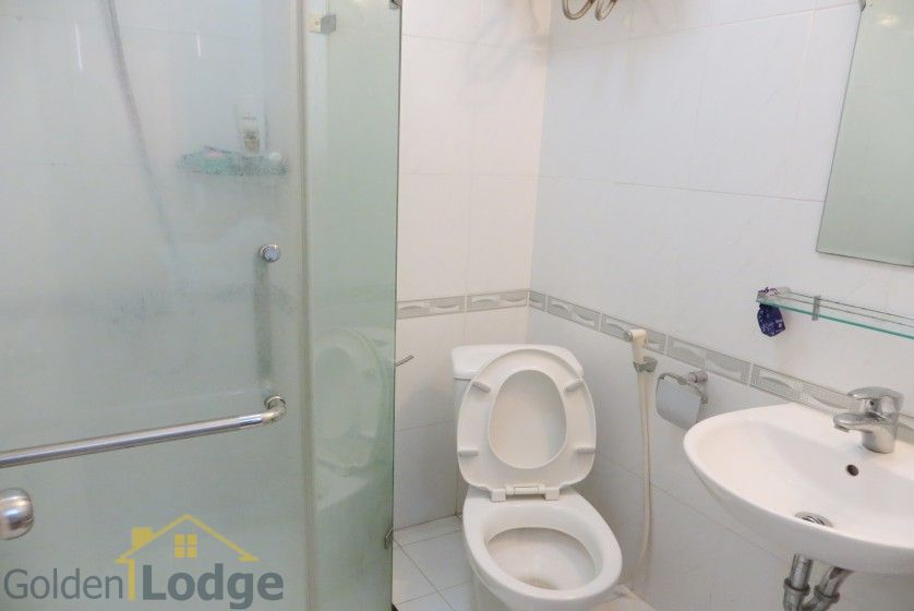 02 bedroom apartment for rent on Lac Long Quan, Tay Ho 14