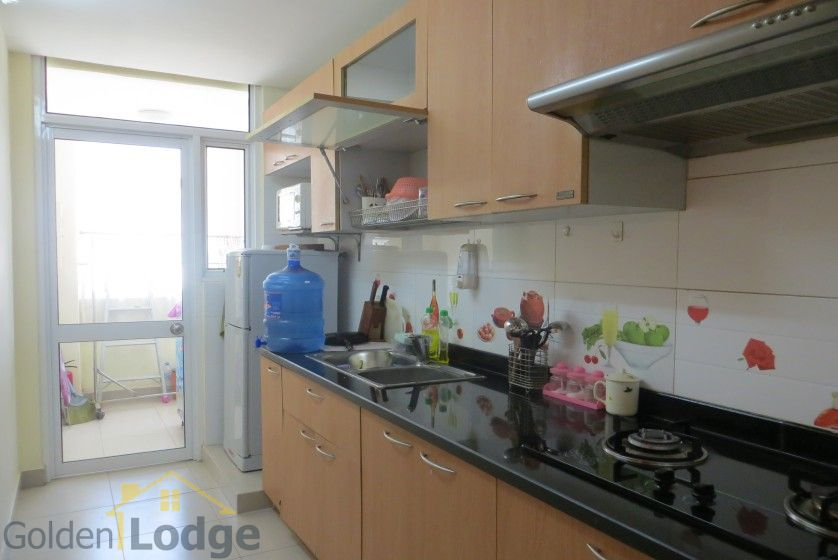 02 bedroom apartment for rent on Lac Long Quan, Tay Ho 5