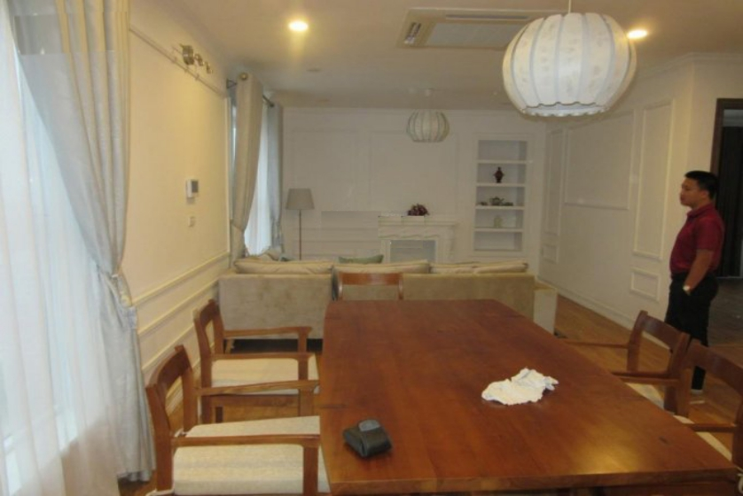 Apartment in Berriver Long Bien for rent with 3 bedrooms, furnished