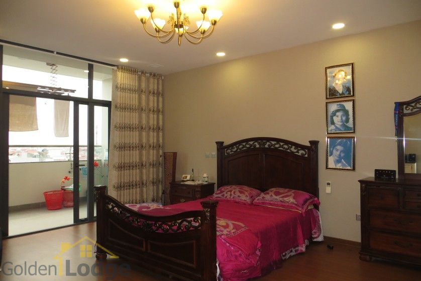 Apartment in Trang An Complex 3 double beds, 154m2 7