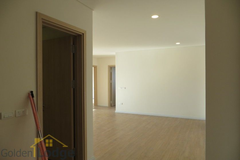 Brand new 3 bedroom apartment in Mipec Riverside Red river view 1