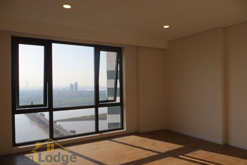 Brand new 3 bedroom apartment in Mipec Riverside Red river view 11