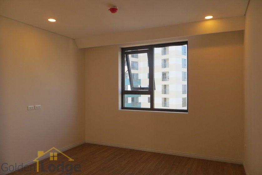 Brand new 3 bedroom apartment in Mipec Riverside Red river view 15