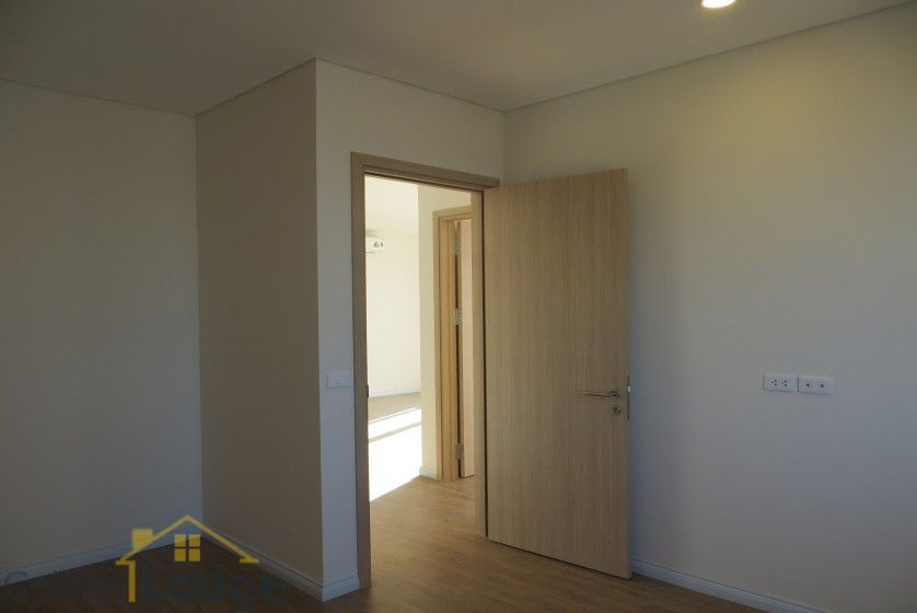 Brand new 3 bedroom apartment in Mipec Riverside Red river view 16