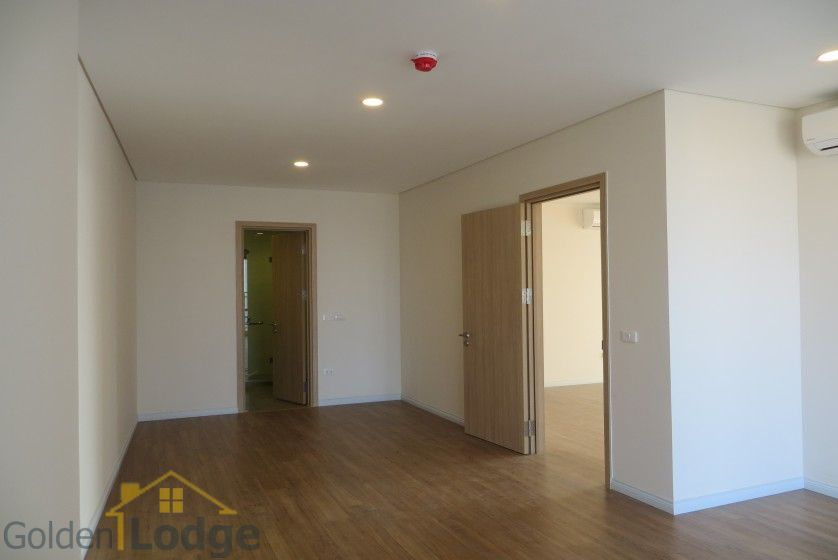 Brand new 3 bedroom apartment in Mipec Riverside Red river view 19