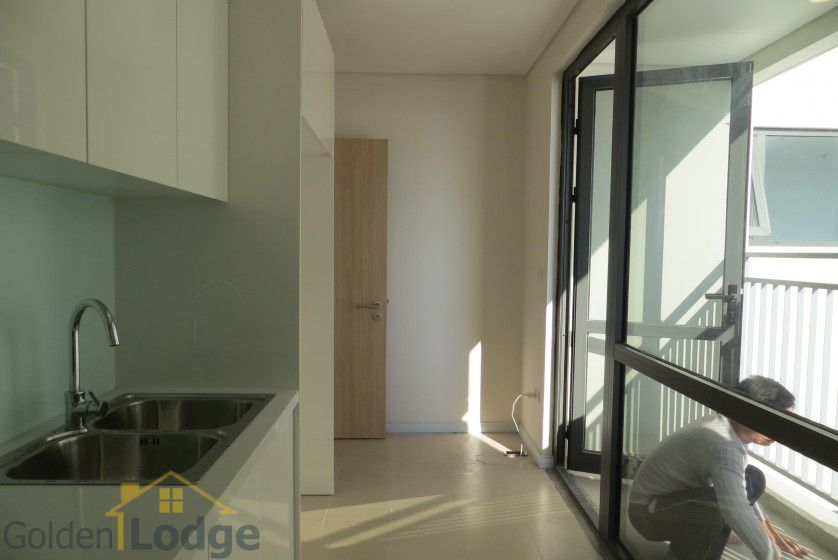 Brand new 3 bedroom apartment in Mipec Riverside Red river view 9