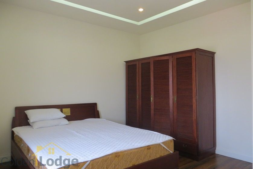 Four bedroom duplex apartment to lease in Tay Ho Hanoi 18