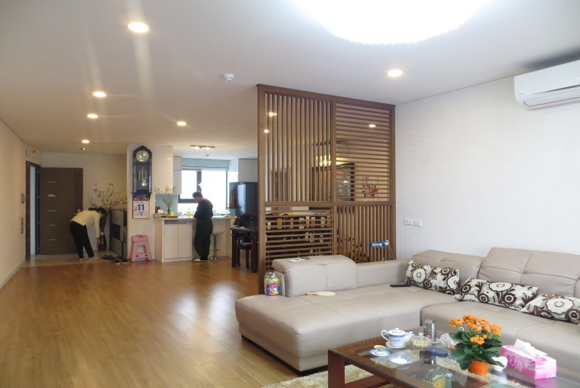 Furnished 03 bedroom apartment Mipec Riverside Long Bien 140m2