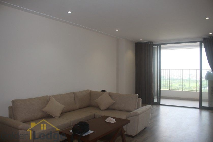 Furnished 2 beds 2 baths apartment in Northern Diamond for rent 3