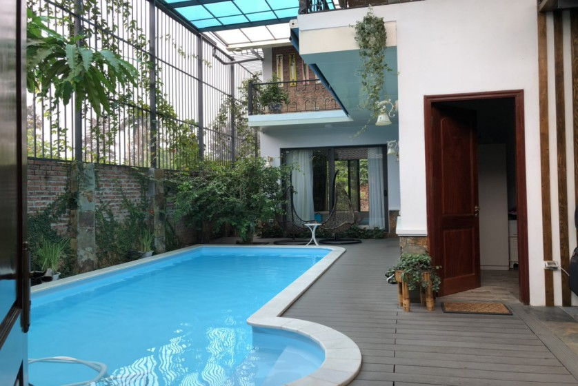 Furnished and swimming pool Tay Ho villa for rent 4 bedrooms