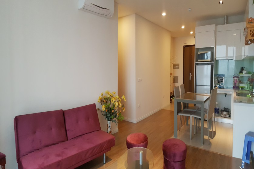 Furnished apartment in Mipec Riverside 02 bedrooms 82m2 to rent