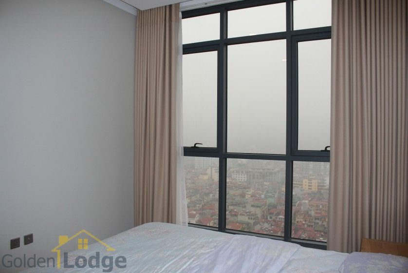 Furnished apartment to rent in Trang An Complex 95m2 balcony 17