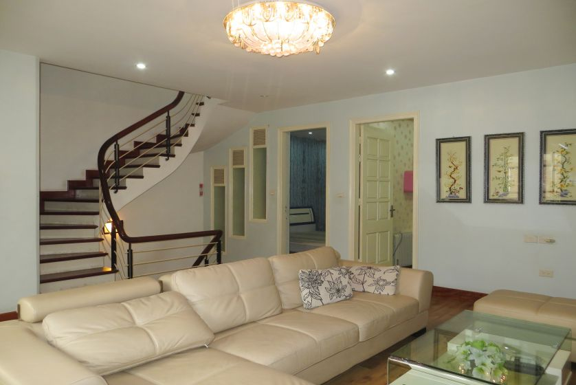 Furnished house in Long Bien district for rent, 2 reception rooms