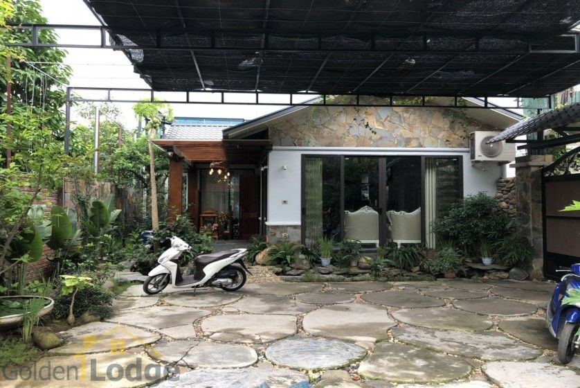 Furnished and swimming pool Tay Ho villa for rent 4 bedrooms 1