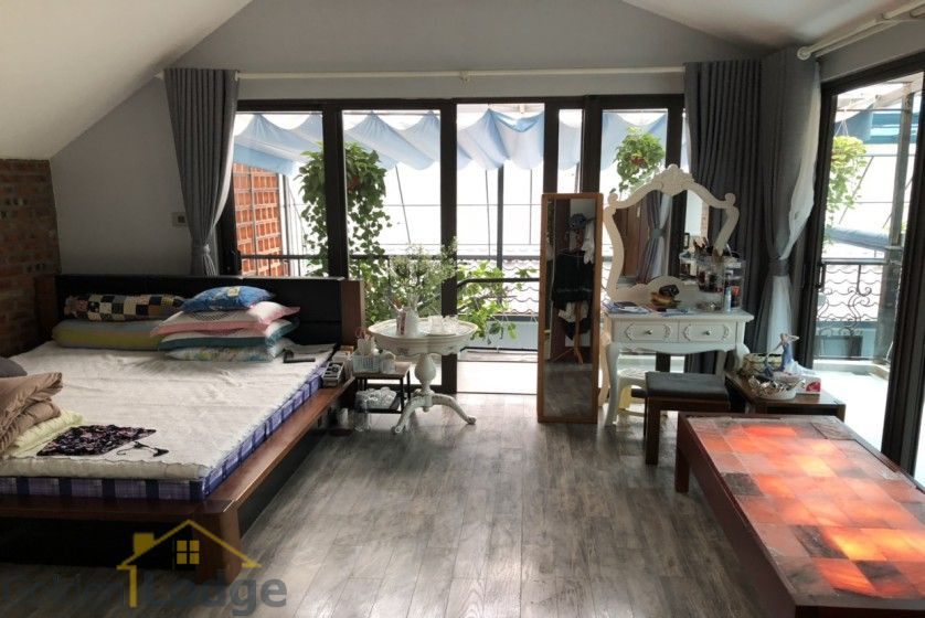 Furnished and swimming pool Tay Ho villa for rent 4 bedrooms 16