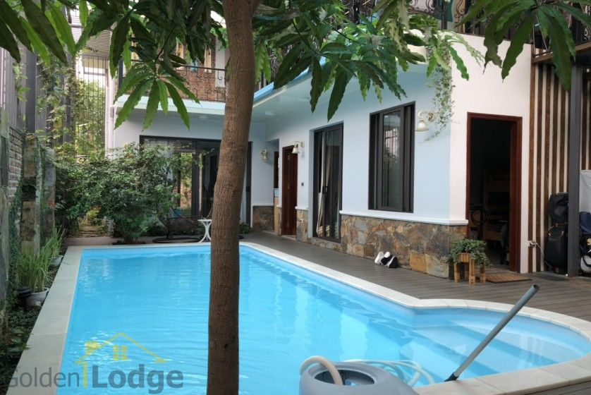 Furnished and swimming pool Tay Ho villa for rent 4 bedrooms 8