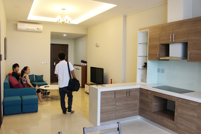 Furnished Trang An Complex apartment, 2 bedrooms, 88m2 for rent