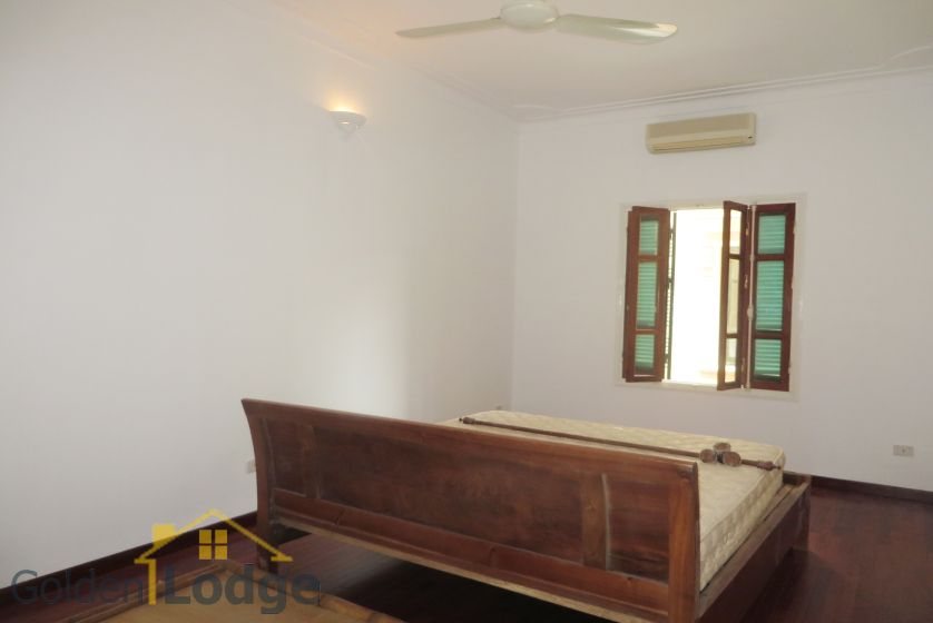House in Tay Ho rental with 4 bedrooms, partly furnished 12