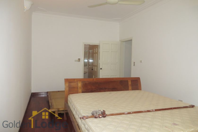 House in Tay Ho rental with 4 bedrooms, partly furnished 13