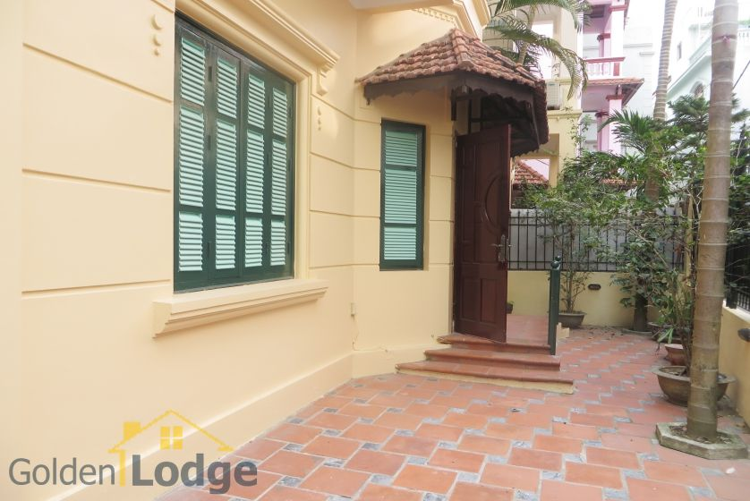 House in Tay Ho rental with 4 bedrooms, partly furnished 2