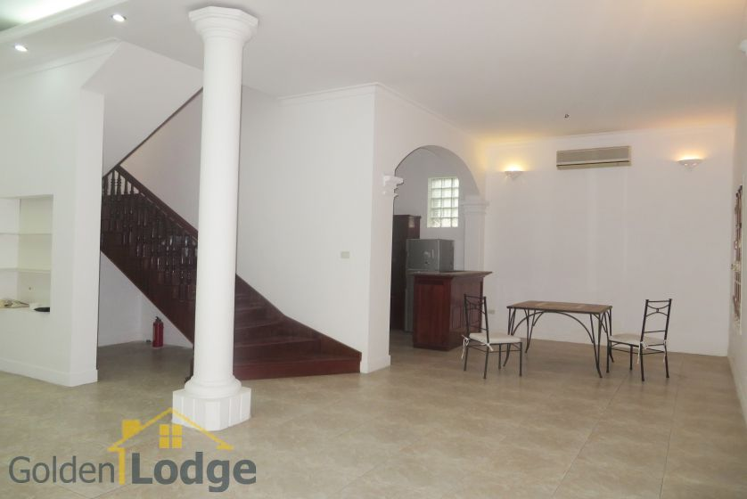 House in Tay Ho rental with 4 bedrooms, partly furnished 3