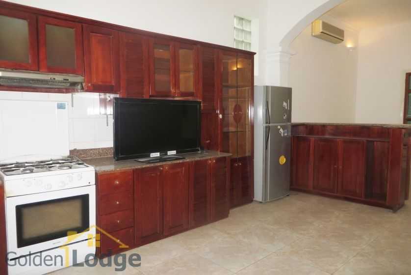 House in Tay Ho rental with 4 bedrooms, partly furnished 6