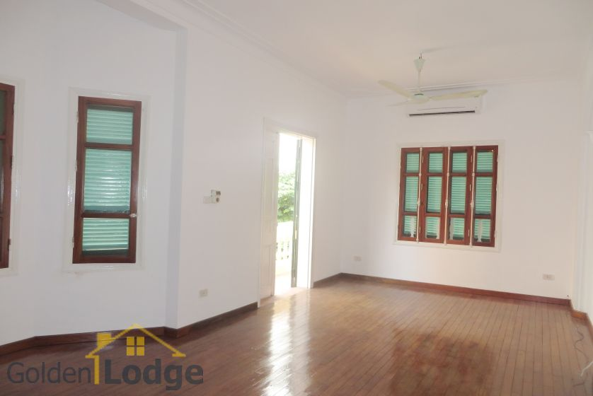 House in Tay Ho rental with 4 bedrooms, partly furnished 7