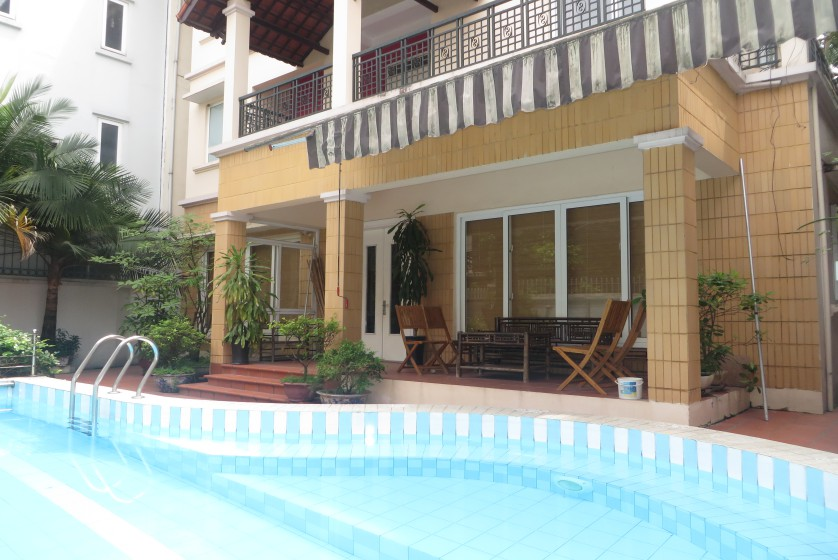 House in Xuan Dieu Tay Ho, Hanoi to lease with swimming pool