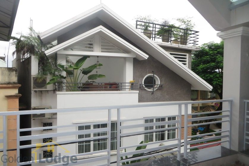 House to lease in Tay Ho 6 bedrooms near Water Park 16