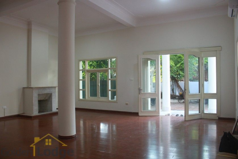 Large garden Tay Ho house for rent Hanoi with 5 bedrooms 7