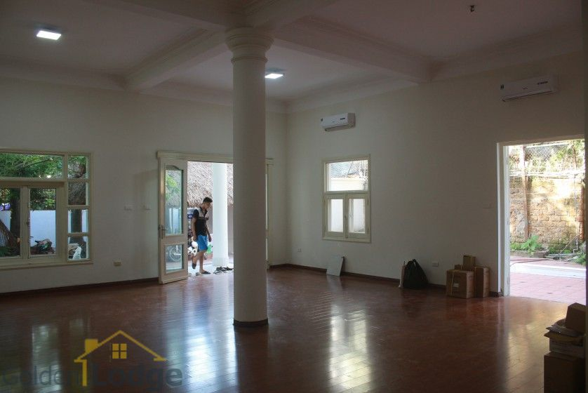 Large garden Tay Ho house for rent Hanoi with 5 bedrooms 8