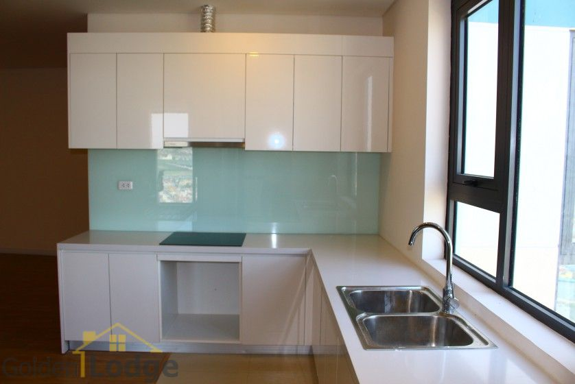 Mipec Riverside 03 bedroom apartment to rent with furnished nice view 3