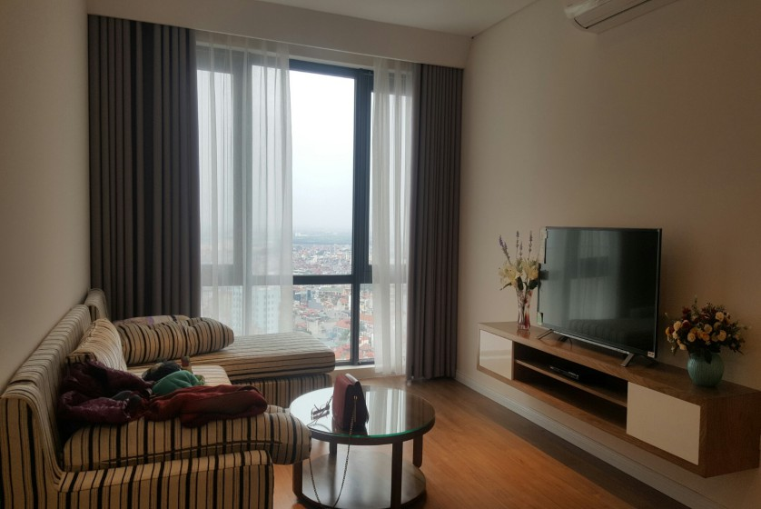 Mipec Riverside apartment with 2 bedrooms for rent, lake view 3