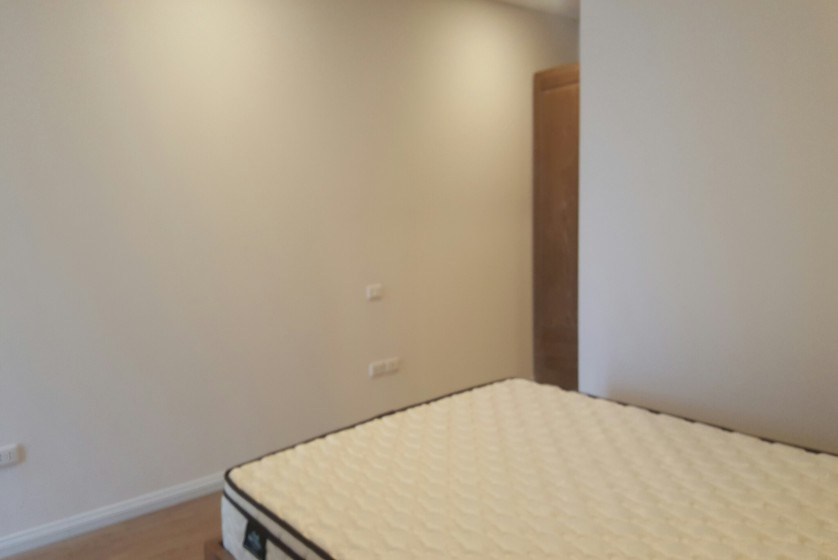 Mipec Riverside apartment with 2 bedrooms for rent, lake view 6