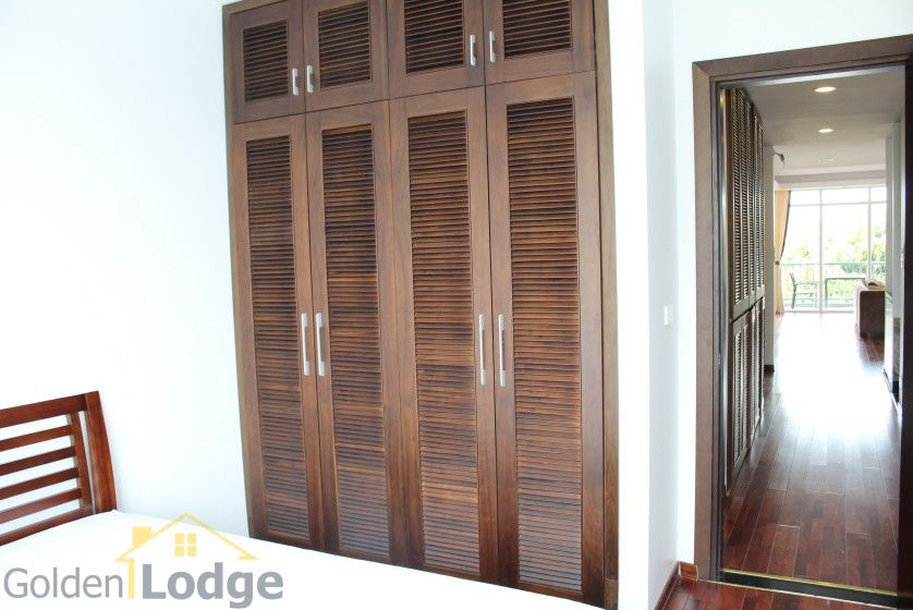 New furnished 04 bedroom apartment in To Ngoc Van Tay Ho 15