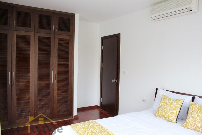 New furnished 04 bedroom apartment in To Ngoc Van Tay Ho 18