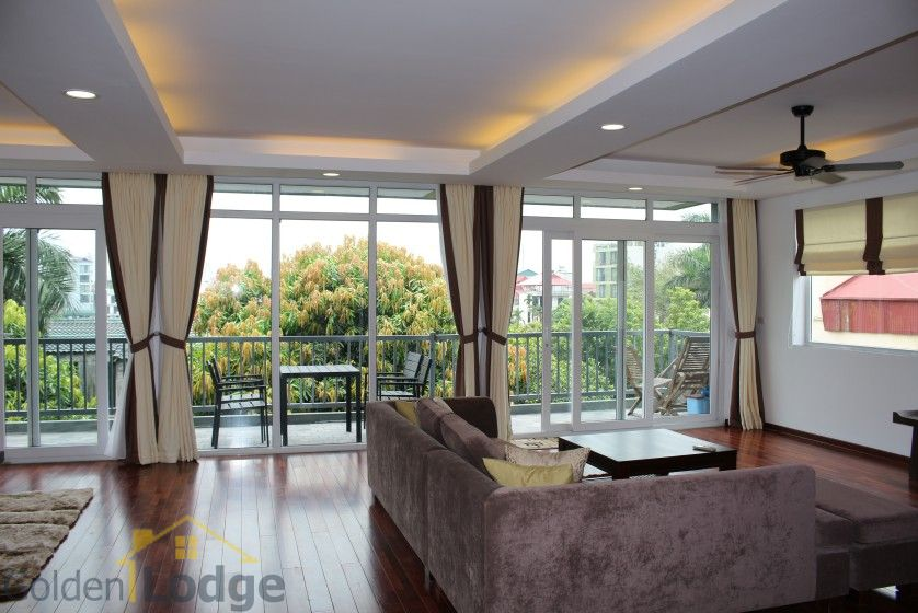 New furnished 04 bedroom apartment in To Ngoc Van Tay Ho 2