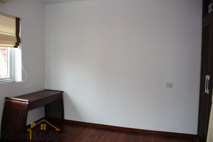 New furnished 04 bedroom apartment in To Ngoc Van Tay Ho 8