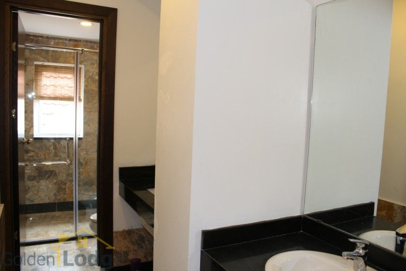 New furnished 04 bedroom apartment in To Ngoc Van Tay Ho 9
