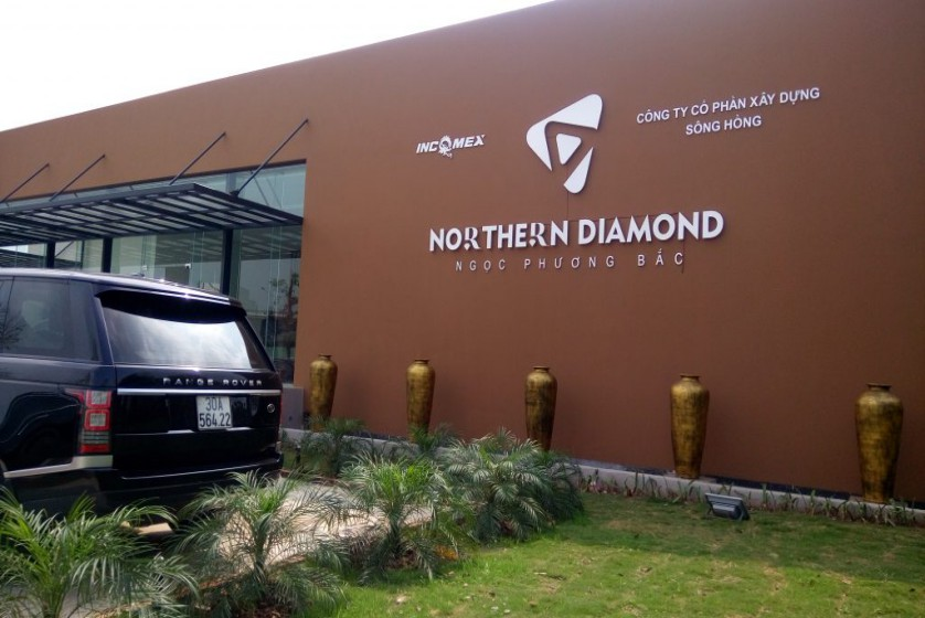 Northern Diamond Long Bien 2