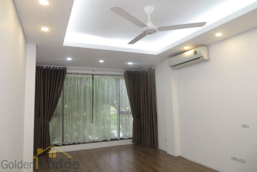 Partly Tay Ho house for rent with lake view, Sheraton hotel nearby 4
