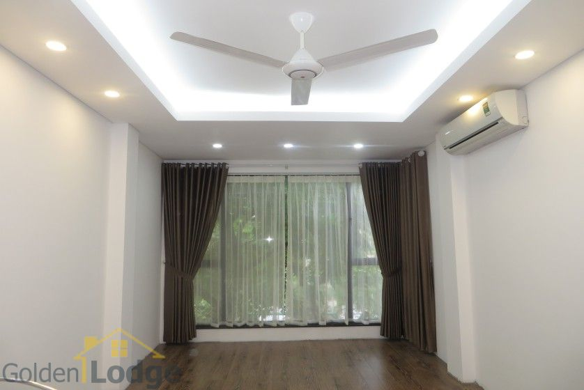 Partly Tay Ho house for rent with lake view, Sheraton hotel nearby 5