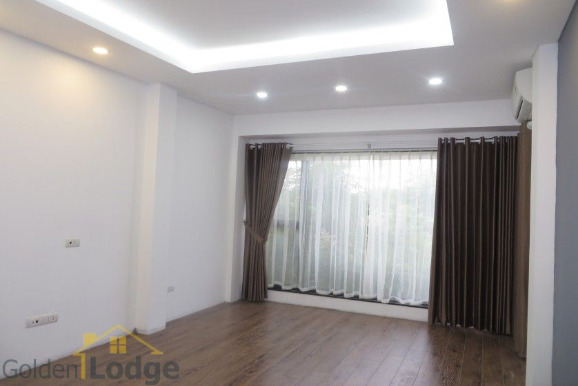 Partly Tay Ho house for rent with lake view, Sheraton hotel nearby 8