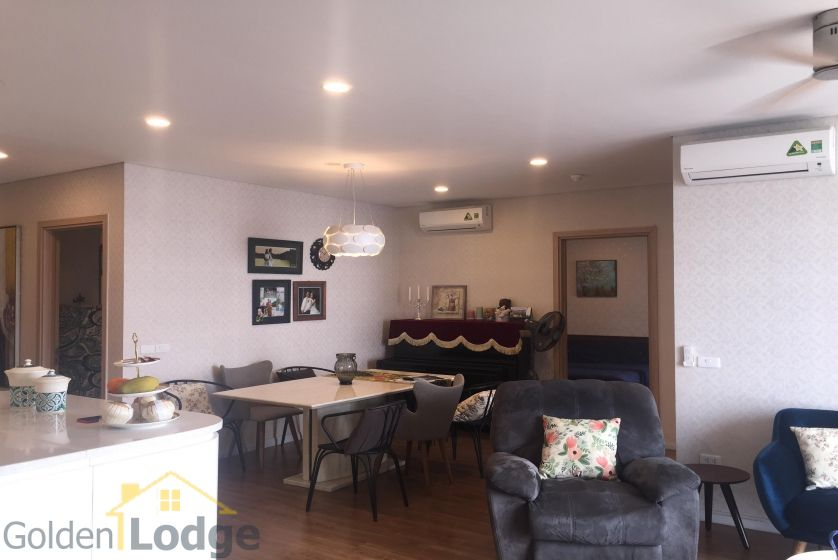 Rent three bedroom apartment in Mipec Riverside furnished 5