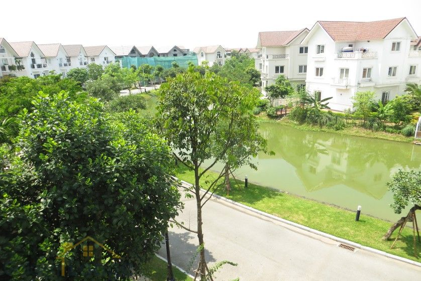Rent Vinhomes Riverside villa at Hoa Phuong near BIS 16