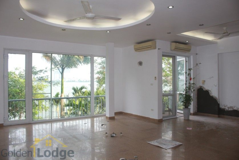 Rooftop terraced house for rent in Tay Ho with lake view 5