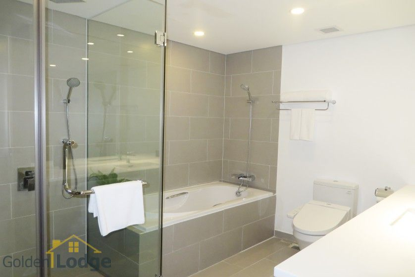 Somerset West Point Hanoi 2 bedrooms serviced apartment for rent 23